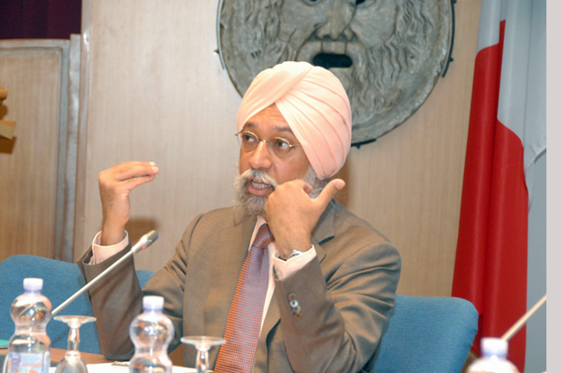 SPECIAL FRONTIER FORCE AT THE WHITE HOUSE ON TUESDAY, SEPTEMBER 30, 2014: Mr. W.P.S. SIDHU IS A SENIOR FELLOW ON FOREIGN POLICY AT BROOKINGS INDIA CENTER AND INSTITUTION AND SENIOR FELLOW AT THE CENTER ON INTERNATIONAL COOPERATION, NEW YORK UNIVERSITY. HE FAILED TO MENTION ABOUT THE MILITARY COOPERATION BETWEEN THE US, INDIA, AND TIBET.