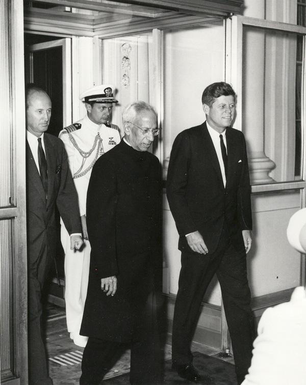 #WHOLEVILLAIN  JUNE 03  1963