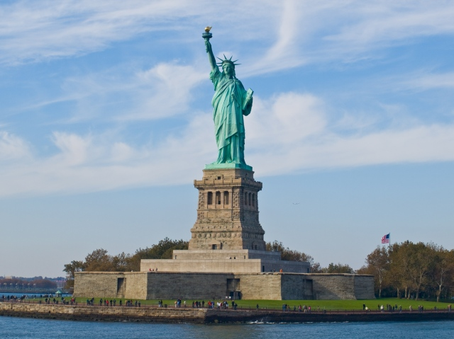 #WHOLEVILLAIN  -  WHOLEVILLAIN  -  WHOLE  VILLAIN  -  HISTORY  OF  THE  US-TIBET  RELATIONS  :  THE  STATUE  OF  LIBERTY  SYMBOLIZES  THE  VALUES  THAT  GUIDE  AND  SHAPE  THE  US  FOREIGN  POLICY .  THE  US -  TIBET - INDIA  RELATIONS  AIM  AT  RESTORING  FREEDOM  IN  OCCUPIED  TIBET .  THIS  RELATIONSHIP  WAS  ESTABLISHED  SOON  AFTER  COMMUNIST  CHINA'S  INVASION  AND  OCCUPATION  OF  TIBET  IN  1950.