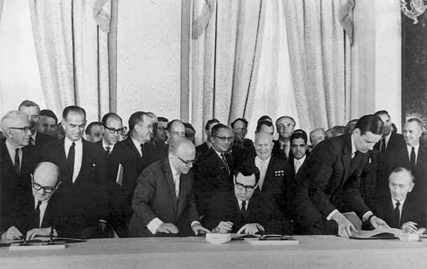 THE  EVIL  RED  EMPIRE  -  NUCLEAR  EXPANSIONISM :  ON  AUGUST 05,  1963,  IN  MOSCOW,  THE  US  AND  SOVIET  UNION  SIGNED  THE  LIMITED  NUCLEAR  TEST  BAN  TREATY .