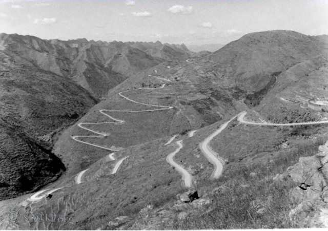 Special Frontier Force Reviews Hump Airlift Operation 1942 - 1945. THE BURMA ROAD DURING WORLD WAR II