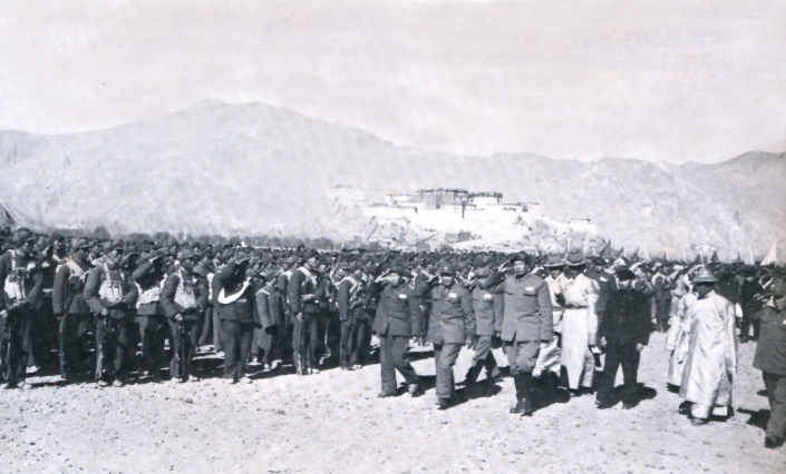 DOOMED HUMAN RIGHTS IN OCCUPIED TIBET. RED CHINA'S MILITARY CONQUEST OF TIBET. CHINESE ARMY IN LHASA, 1951.