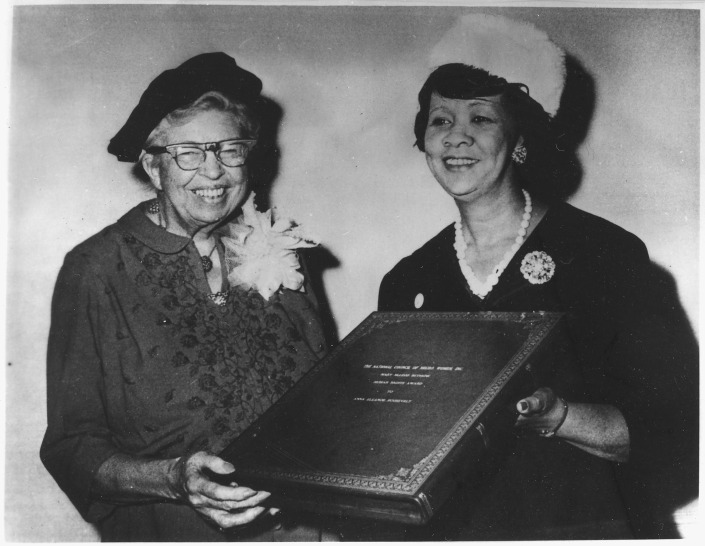 DOOMED HUMAN RIGHTS IN OCCUPIED TIBET. ELEANOR ROOSEVELT RECEIVING MARY McLEOD BETHUNE HUMAN RIGHTS AWARD FROM DOROTHY HEIGHT. SHE DID NOT ANTICIPATE THE GREAT TIBET PROBLEM.